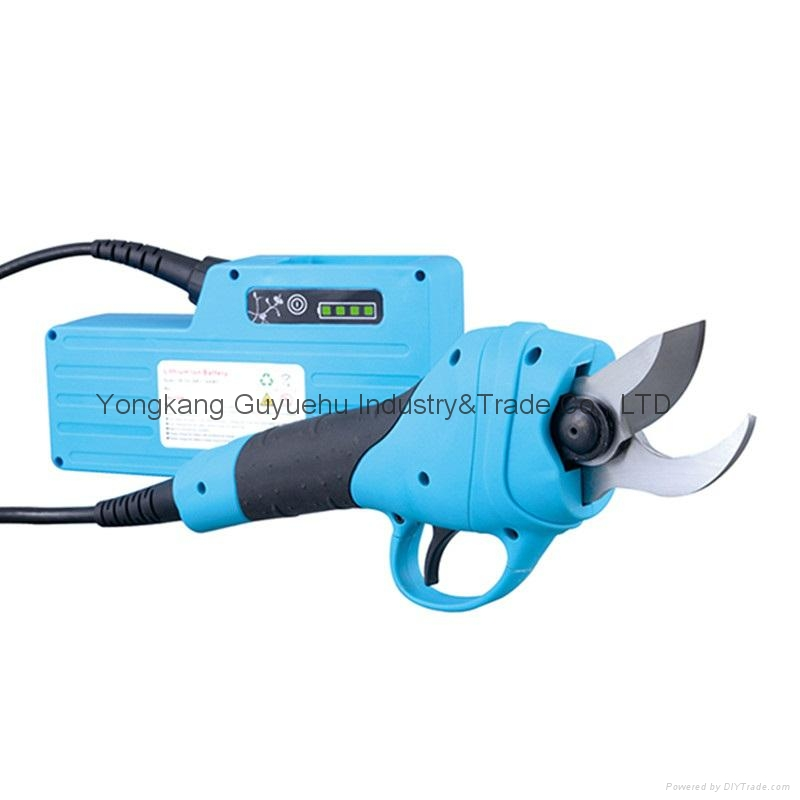 Electric Pruning Shear 1