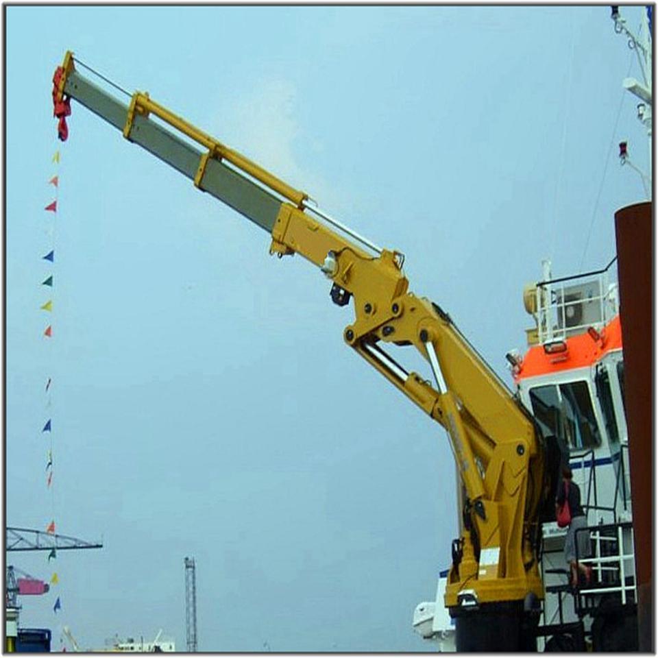 Knuckle Boom Pedestal Marine Crane in China  3