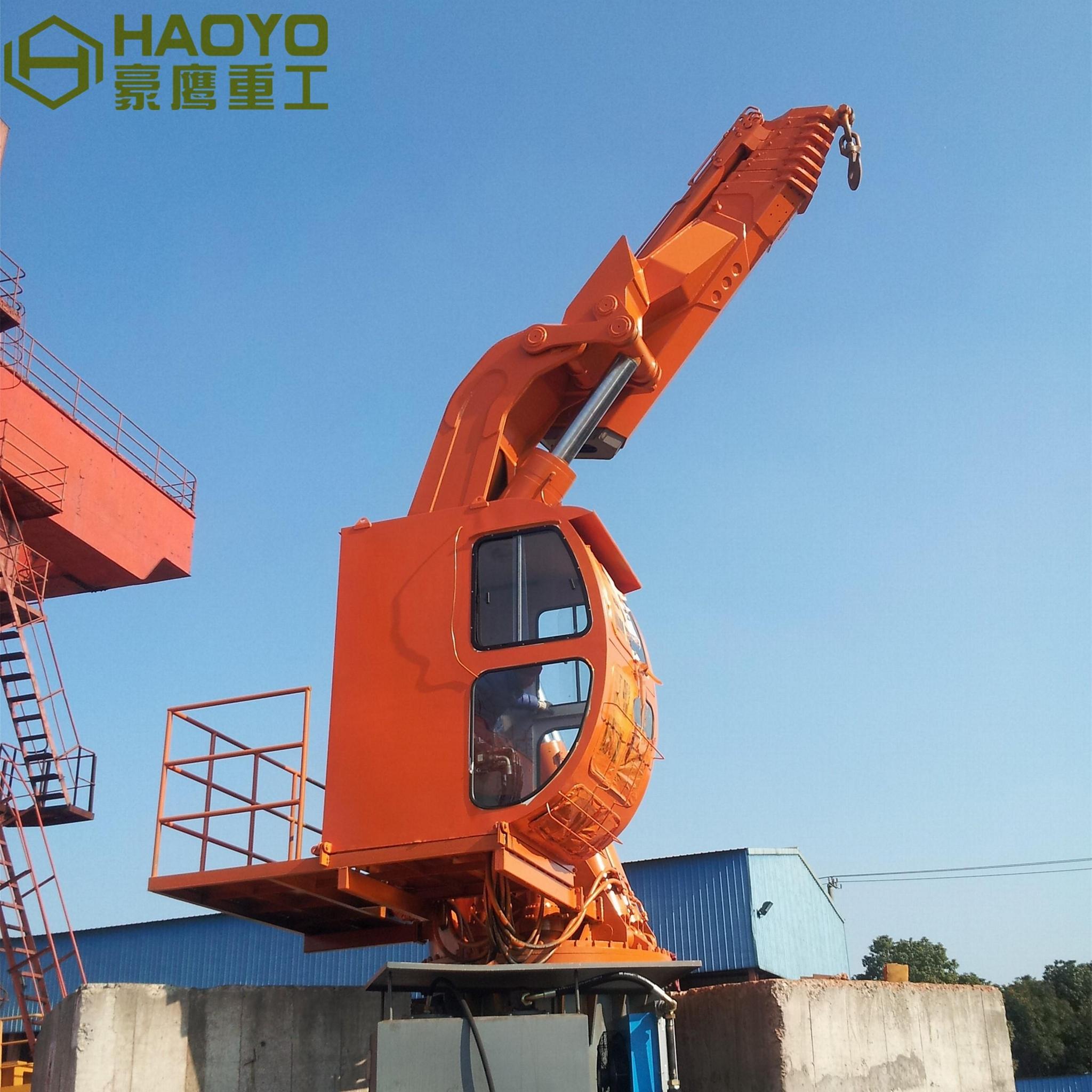 可折叠海上货物软管船用甲板起重机 2