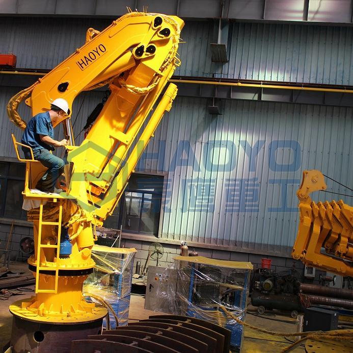 Fully Foldable Hydraulic Engine Driven Marine Crane for sale 3