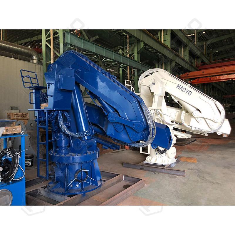 1ton Folding Telescopic Marine Ship Pedestal Deck Crane 2