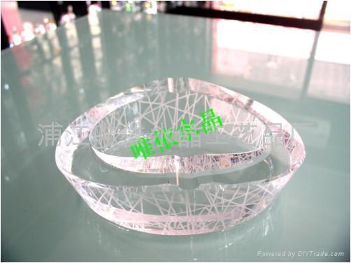 水晶煙灰缸 2