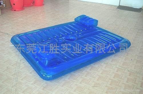 充氣水上玩具浮床 1