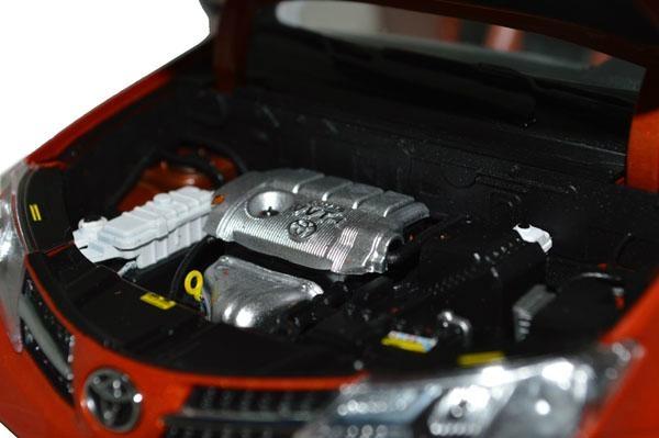 Classic Toys Brand New 1/18 Toyota RAV4 2013 Diecast model car By Paudi 3