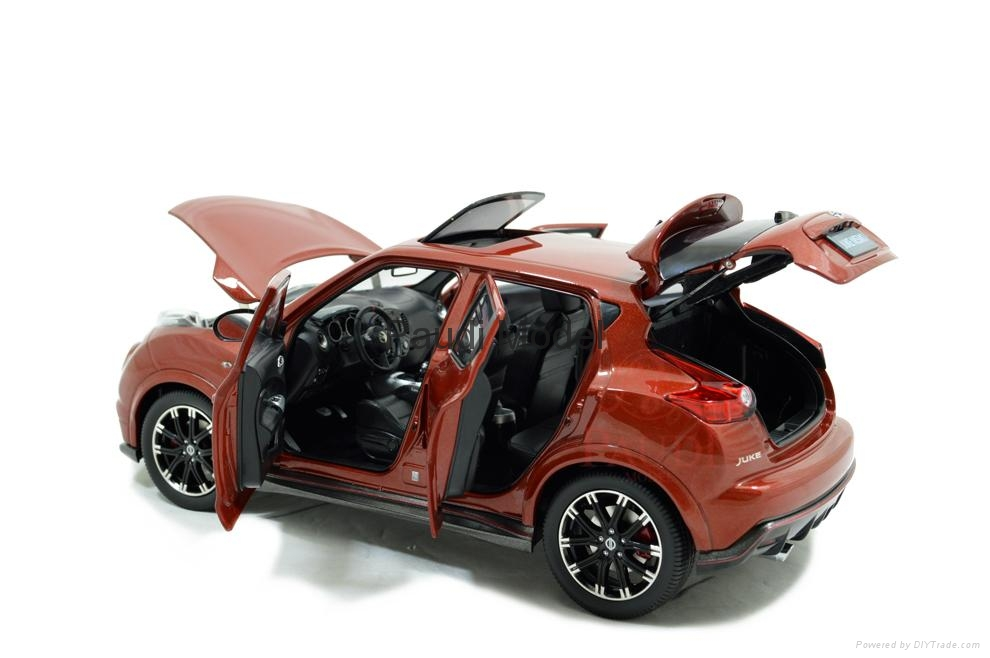 1 18 nissan juke nismo rs diecast model car gifts luxury. Black Bedroom Furniture Sets. Home Design Ideas