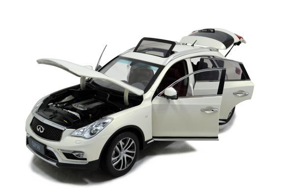 Infiniti QX50 2016 1/18 Scale Diecast Model Car 3