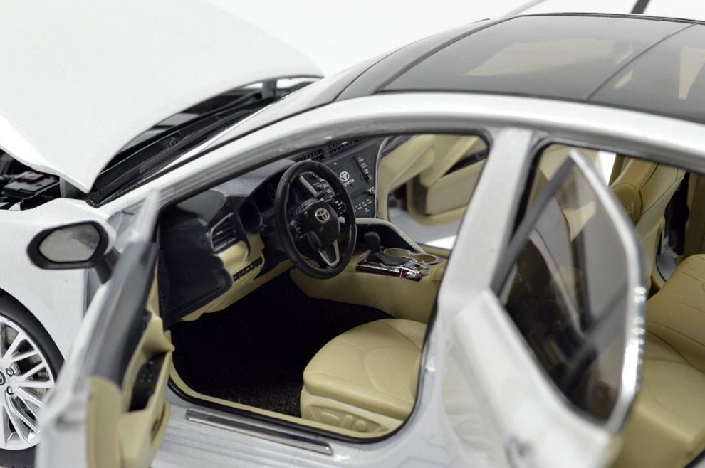 Paudi 1:18 Toyota Camry 2018 Die-cast model carl 5