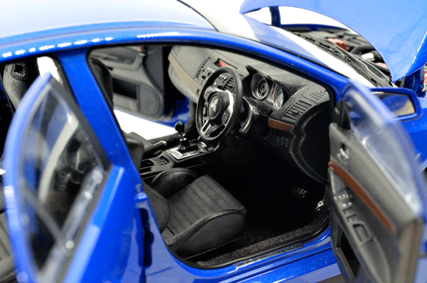 Paudi 1/18 Scale Mitsubishi Lancer Evolution X Collectable Right peptide version 5