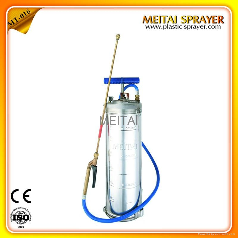 12L Stainless steel pressure sprayer 1