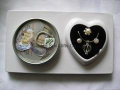 Love Pearl in Necklace+E