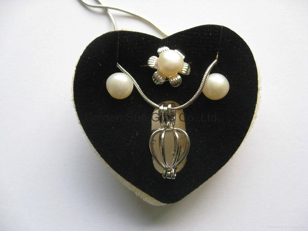Love Pearl in Necklace+Earring+Ring in English Box 4