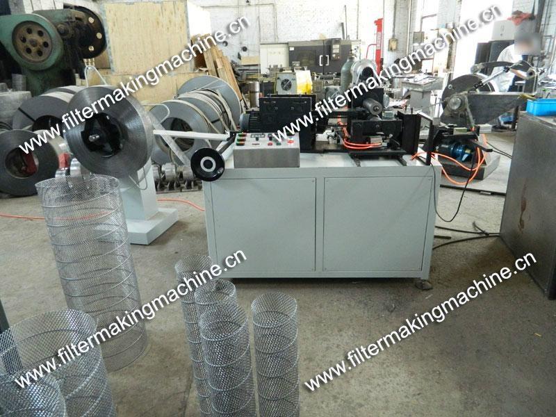 空氣濾芯鋼板(菱形)網卷管機 17