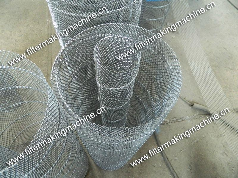 空氣濾芯鋼板(菱形)網卷管機 12
