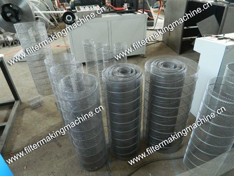 空氣濾芯鋼板(菱形)網卷管機 8