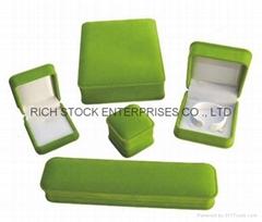 Velvet jewelry box  jewellery boxes velvet gift box