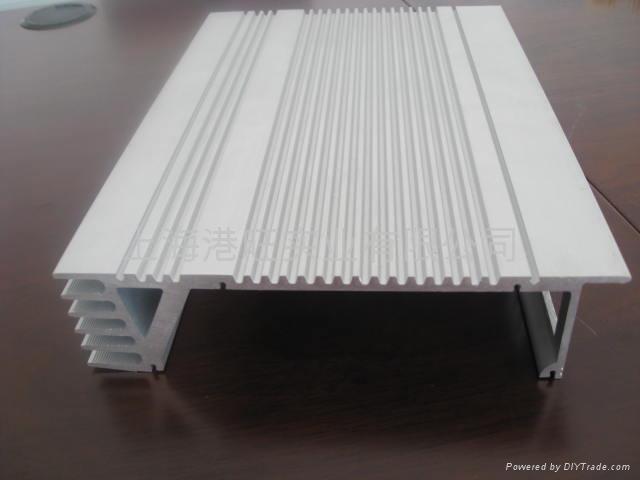 上海散执器6063挤压型材 1