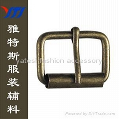 Core-pulling buckle