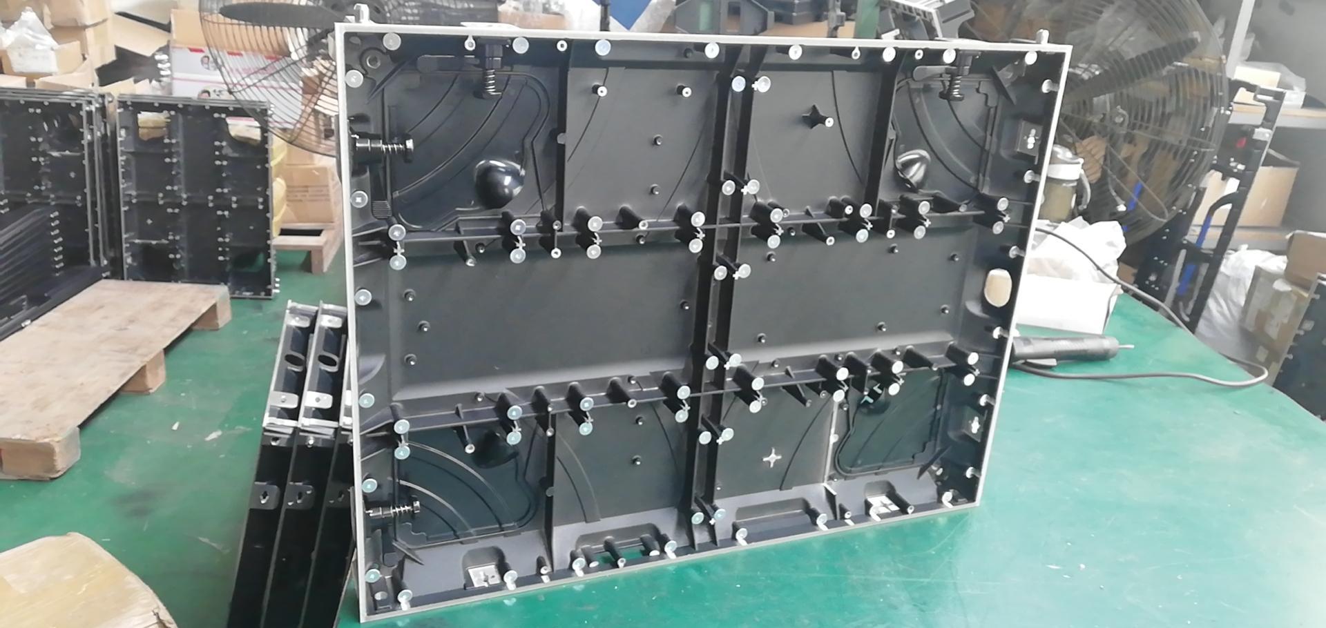 公模磁吸前維護壓鑄鋁箱體 LED顯示屏箱體 640*480*52MM 5