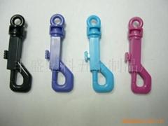塑料狗扣弹簧钥匙扣
