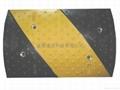成都橡胶铸钢材料减速带 4