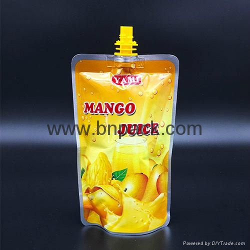 custom printed liquid fruit juice reusable pouch with anti-swallow straw 2