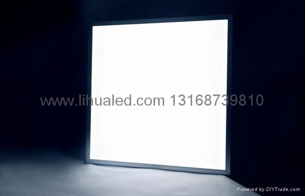 面板燈 3