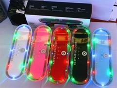 新款創意帶彩燈戶外滑板車無線藍牙音響插卡小音箱BT03LED低音炮