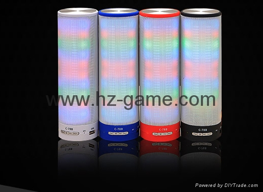 新款X6小橄榄球带灯LED蓝牙音箱发光玄幻音响无线迷你蓝牙低音炮 10