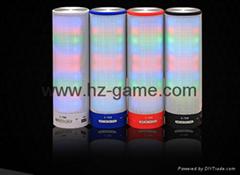 新款X6小橄榄球带灯LED蓝牙音箱发光玄幻音响无线迷你蓝牙低音炮