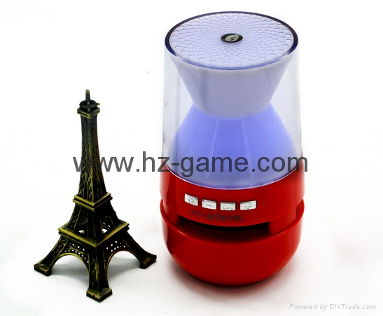 新款X6小橄榄球带灯LED蓝牙音箱发光玄幻音响无线迷你蓝牙低音炮 13
