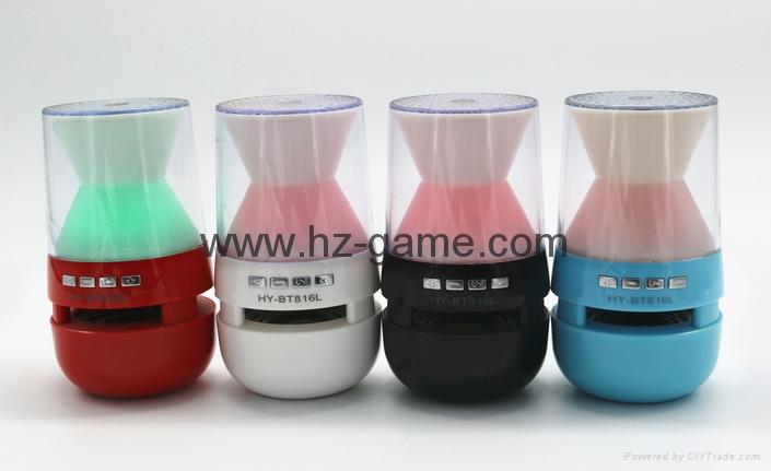 新款X6小橄榄球带灯LED蓝牙音箱发光玄幻音响无线迷你蓝牙低音炮 14