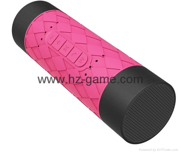 新款X6小橄榄球带灯LED蓝牙音箱发光玄幻音响无线迷你蓝牙低音炮 17