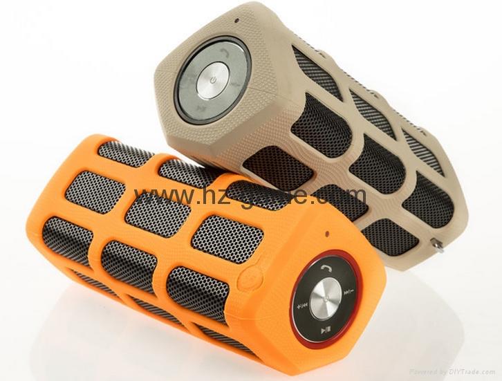 新款X6小橄榄球带灯LED蓝牙音箱发光玄幻音响无线迷你蓝牙低音炮 20