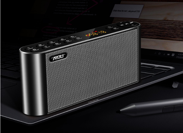 AIDU Q8 Bluetooth speaker universal radio mini speaker home overweight subwoofer 3