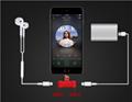 工厂直销新款卡通硅胶充电听歌二合一音频线苹果转接 9