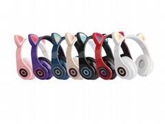 爆款跨境電商貓耳發光頭戴式藍牙耳機無線遊戲運動橡膠磨砂款廠家