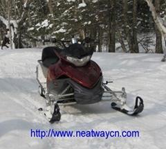 雪地摩托车 雪地车 雪摩托 滑雪车 雪撬