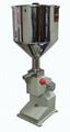 優質手動液體灌裝機 2