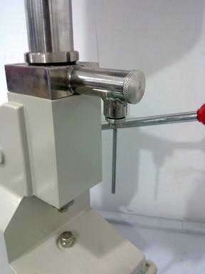 优质手动液体灌装机 4