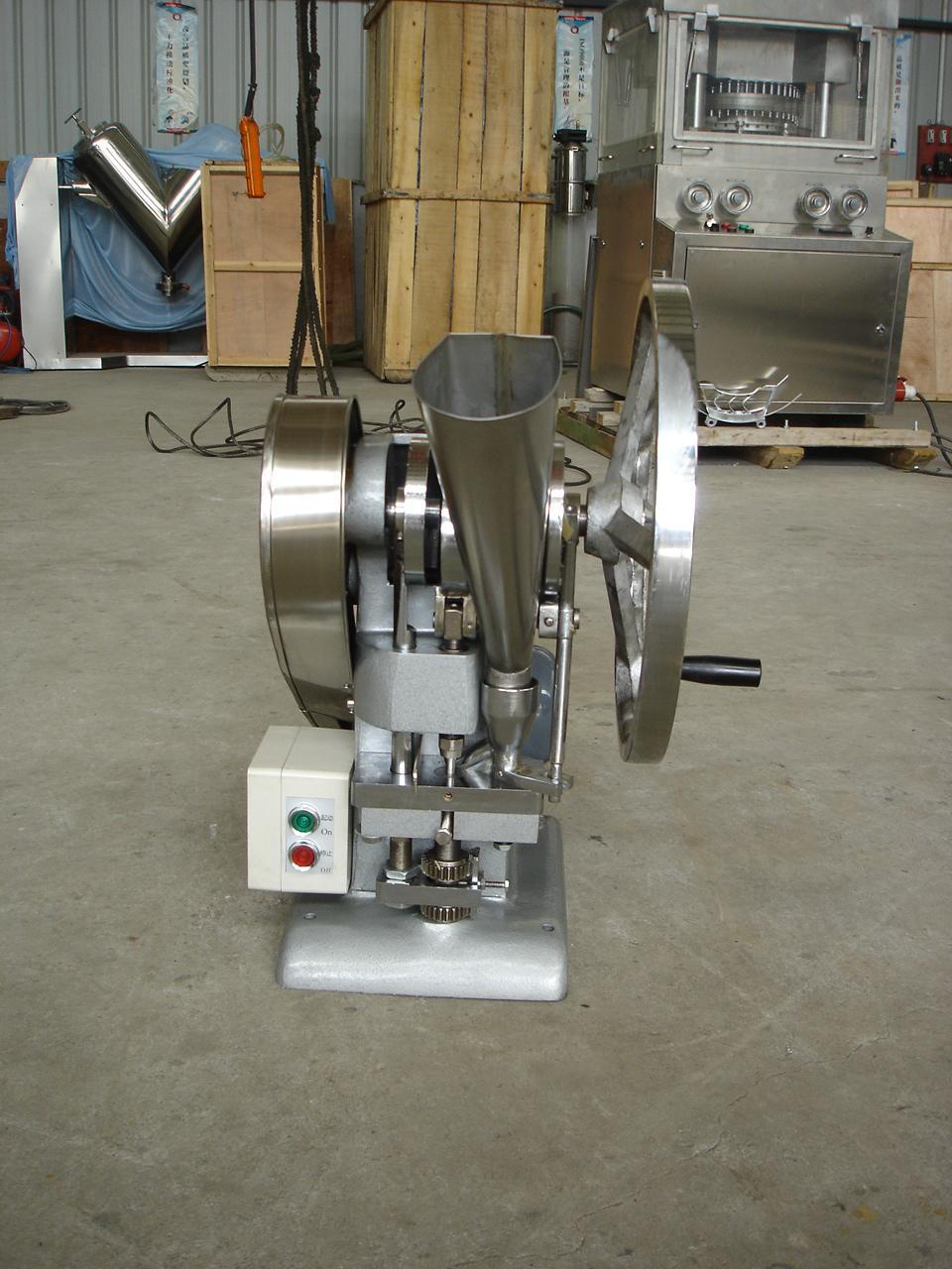 熱銷TDP-0 單沖壓片機 3