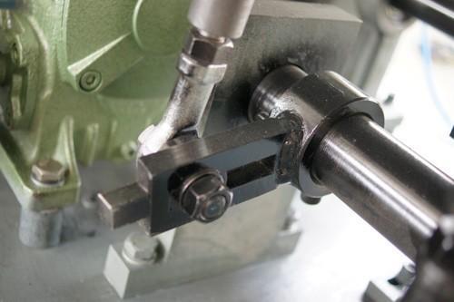 厂家直销生产线KGF-Z 液体灌装机器 9