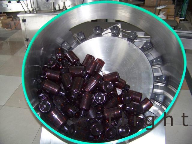 SLP200/SLP1800 Bottle Unscrambler 4