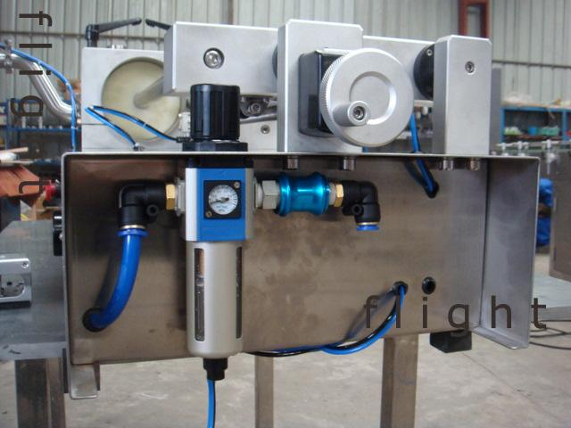 Liquid and ointment double-duty piston filling machine HSFA-60 7