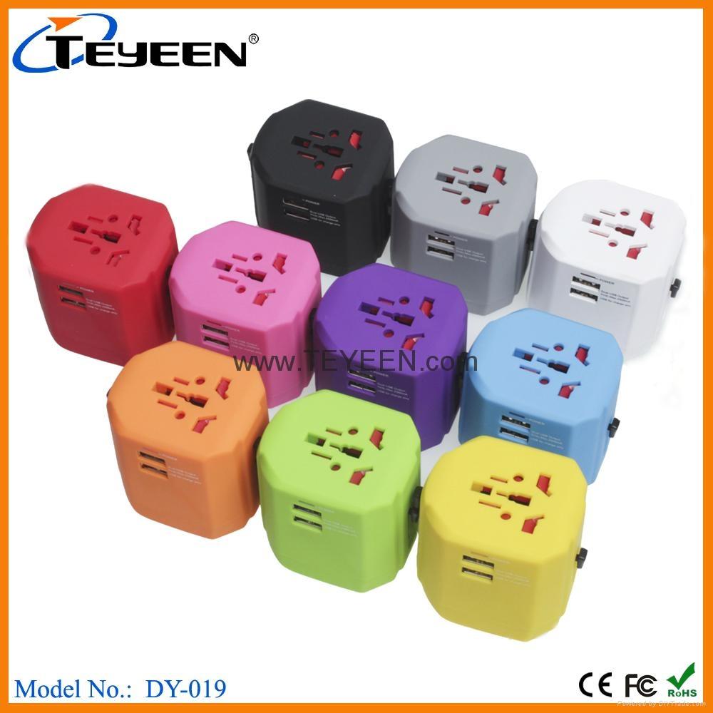 经典款双USB多功能插头  DY-019 10
