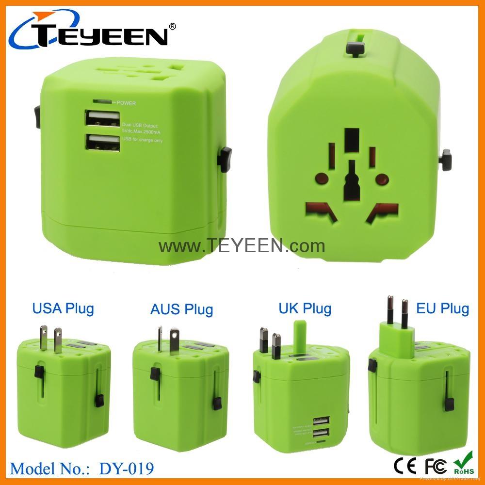 经典款双USB多功能插头  DY-019 12