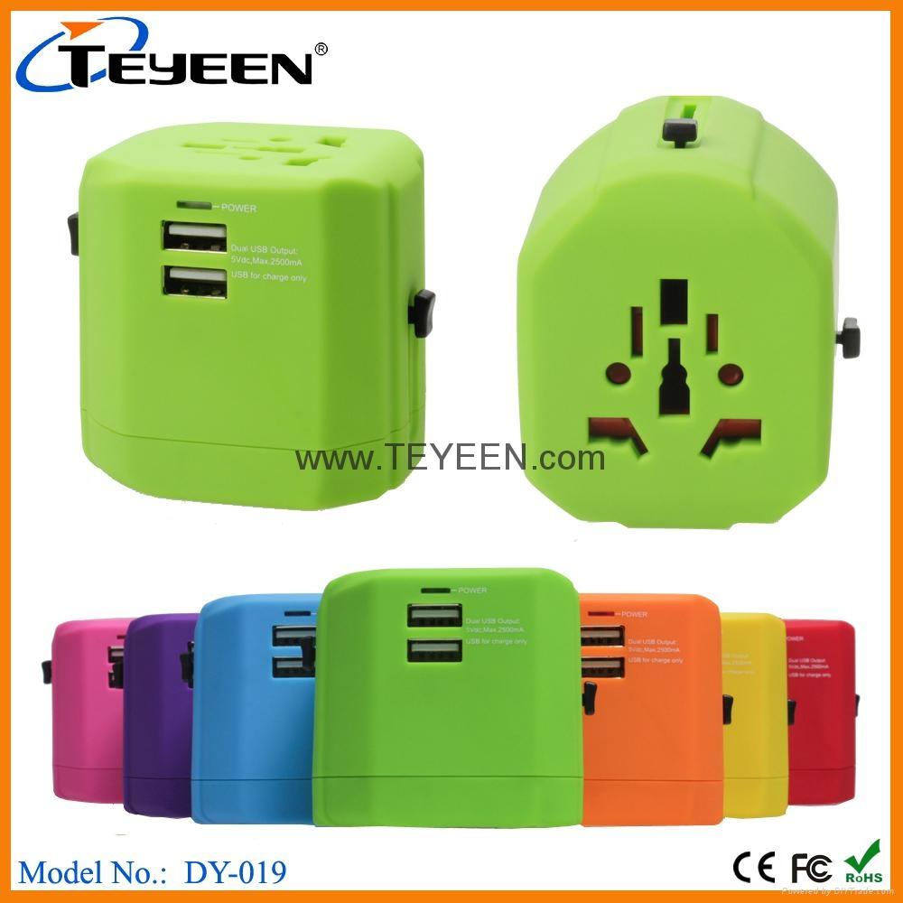 經典款雙USB多功能插頭  DY-019 16