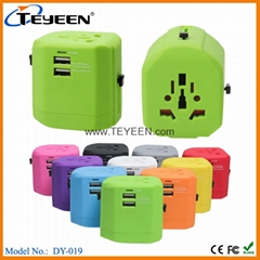 New 2.5A World Travel Adapter with Dual USB Charger (DY-019)