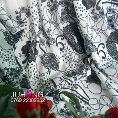 東莞牛奶絲女裝服裝布料印花