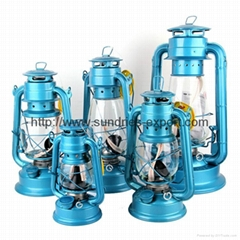 Hurricane Lanterns / Hurricane Lamps / Kerosene Lanterns