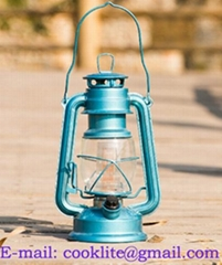 12-LED Hurricane LED Lantern (235)